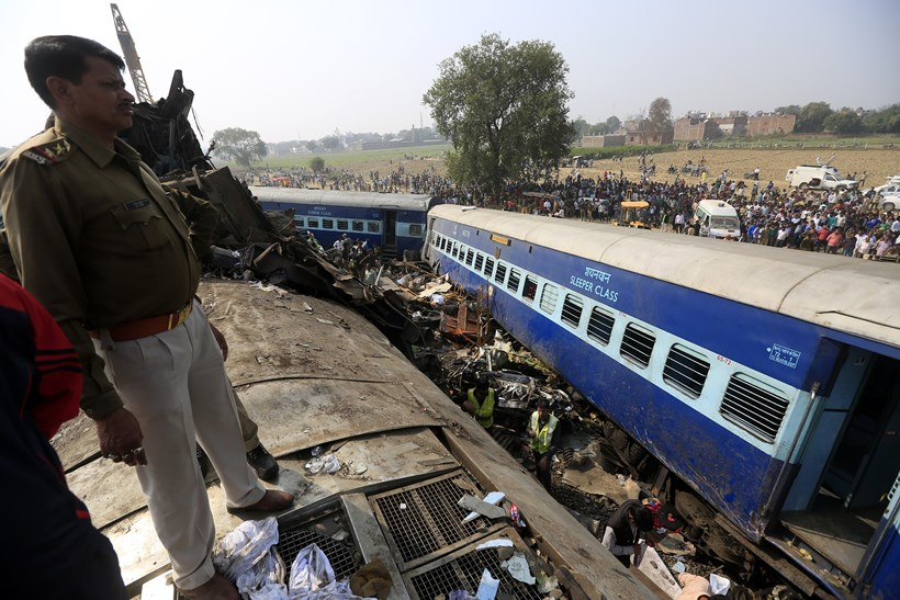 indore express train accident