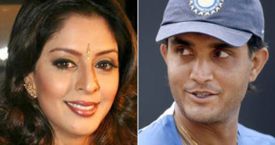 south-indian-film-actress-nagma-confessed-love-affair-with-cricketer-sourav-ganguly